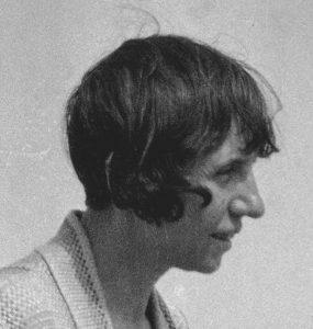 Jeanne Mammen um 1932 am Strand (© Förderverein der Jeanne-Mammen-Stiftung e.V.)